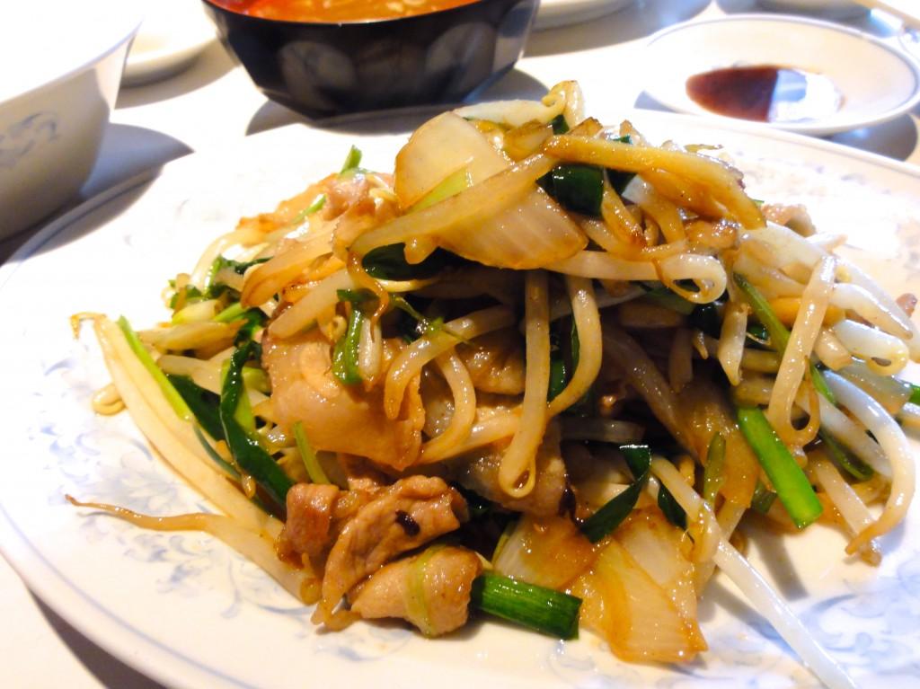 新京 ニラと焼き肉定食