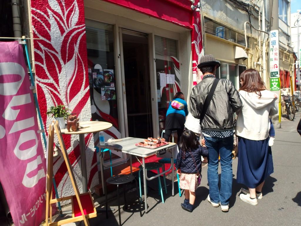 第28回上北沢桜祭り 沖縄そばエビィ