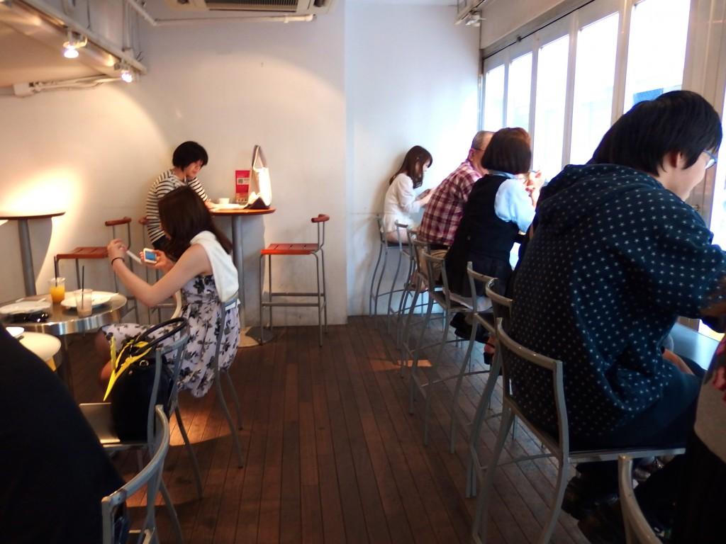 カフェ•コムサ 渋谷ロフト店 店内雰囲気