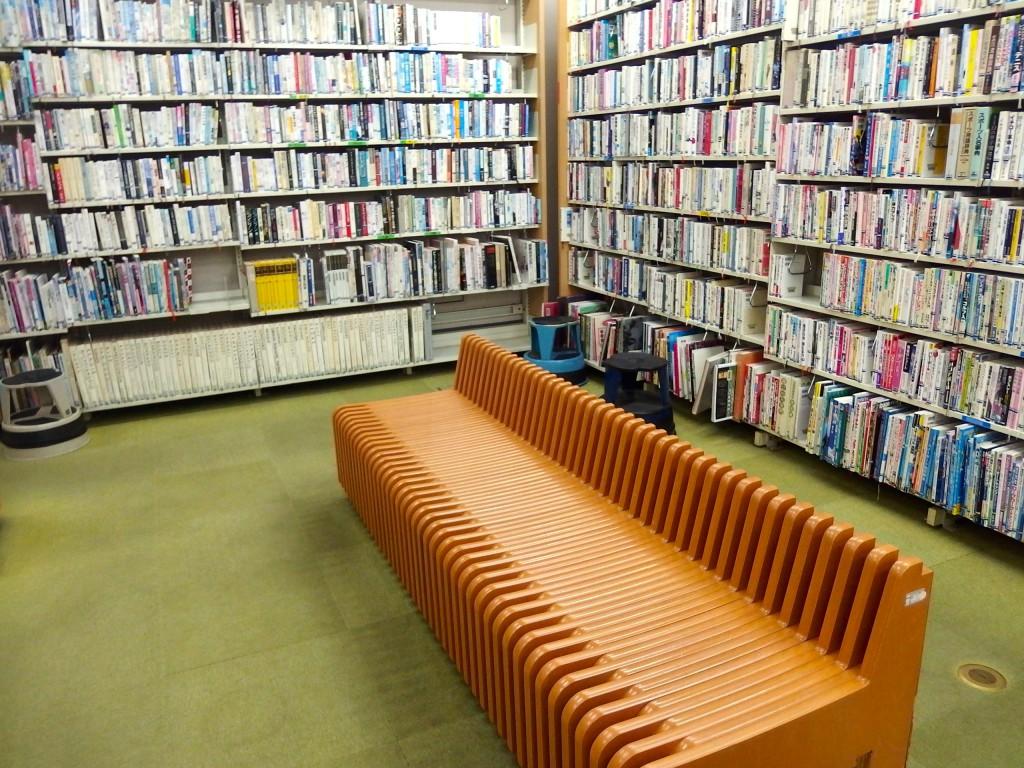 上北沢図書館(館内)