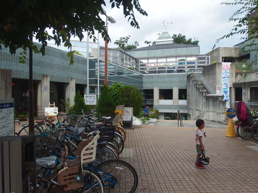 上北沢図書館(外観)