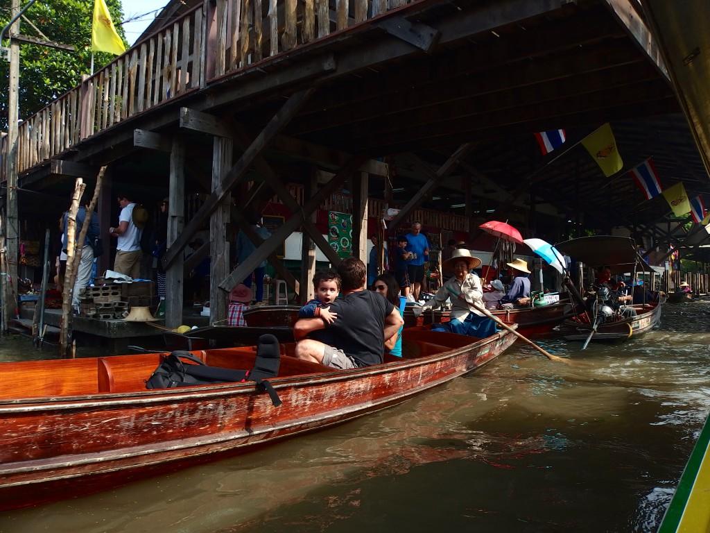 タイ バンコク 観光 グルメ 水上マーケット