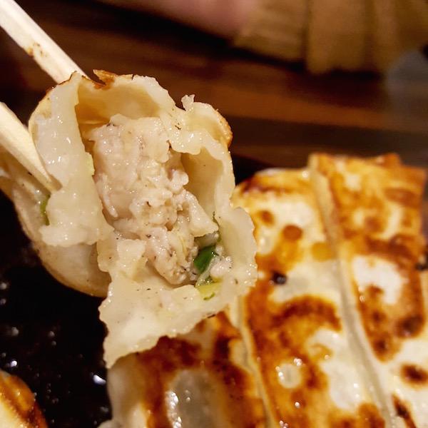 鉄板棒餃子(餃子専科 Dining Lee)
